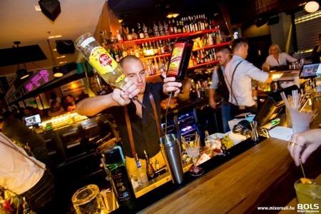 bols mixer akadémia bártúra ódor andrás umeshu russian standard vodka ermitage russian mule moscow mule noname iced tea cotton candy dános tamás tokio