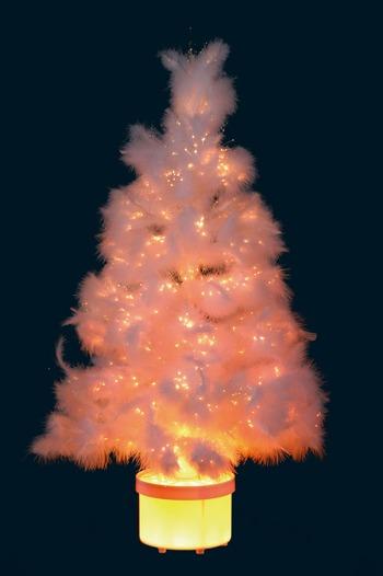 Karácsonyfa tollakból