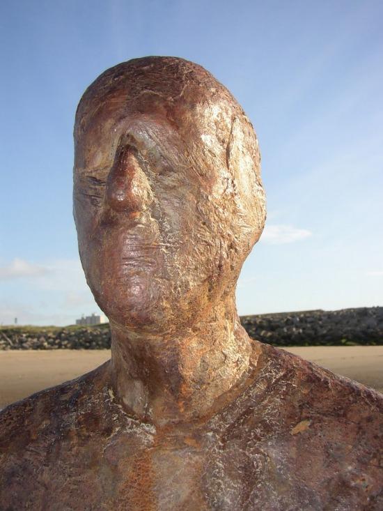 Gormley figurái öngyilkosságra csábítanak