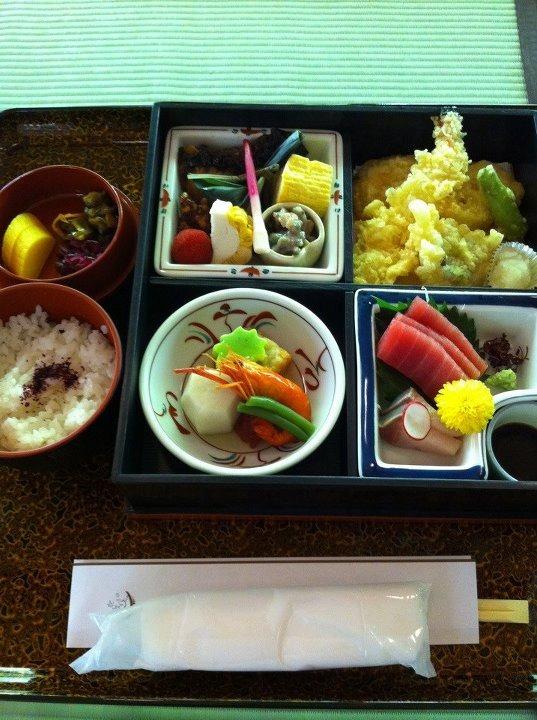 Japán ebéd - Fotó: Maki