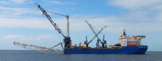 Port Of Spain kikötője tele van hatalmas tankerekkel