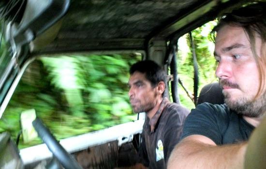 Félőrült ralibajnok sofőrünk mellett komolyhalálfélelmünk volt