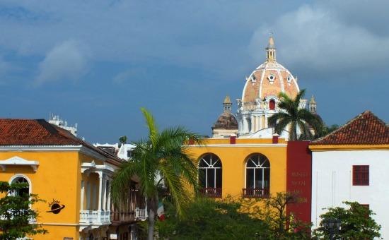 Cartagena óvárosa a városfalról nézve