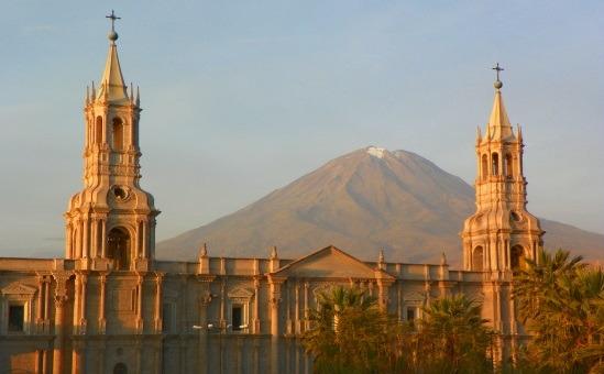 Naplementekor sem néz ki rosszul Arequipa