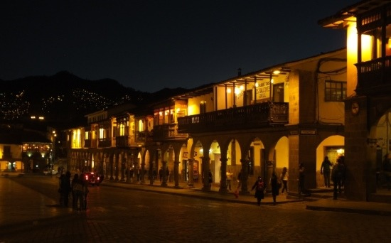 A Plaza de Armas éjszaka