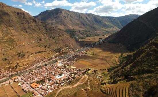 Pisac faluja és a Szent-völgy