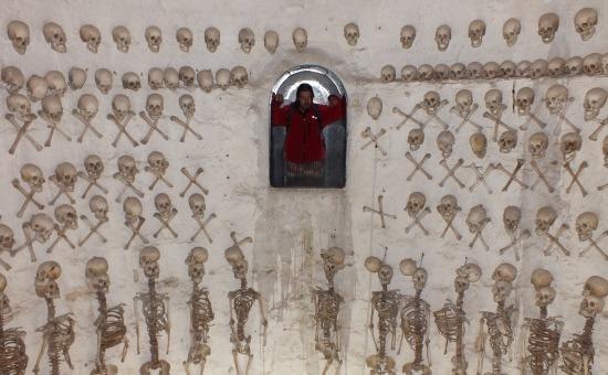 Jövőbe nézés - morbid hely