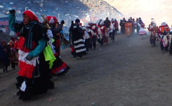 Az Ukukuk, azaz hegyi medvék tánca (Qoyllur Rit'i)