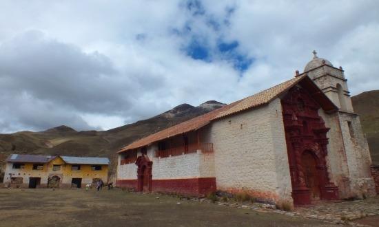 Santa Barbara temploma az egyik legöregebb Peruban, még sem tartanak benne misét