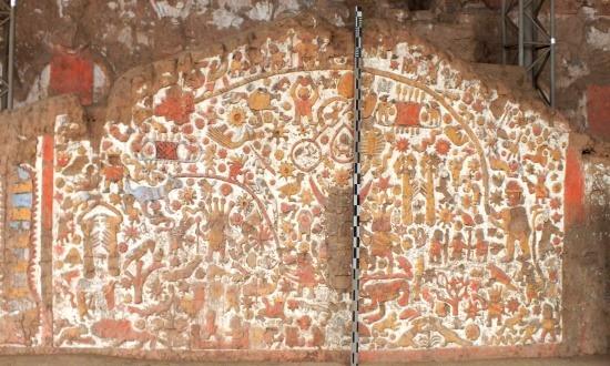 A Mítoszok fala a legzseniálisabb moche falfaragvány