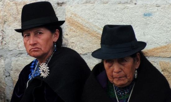 A saragurók Atahualpa iránti tiszteletük jeléül viselnek állandóan feketét
