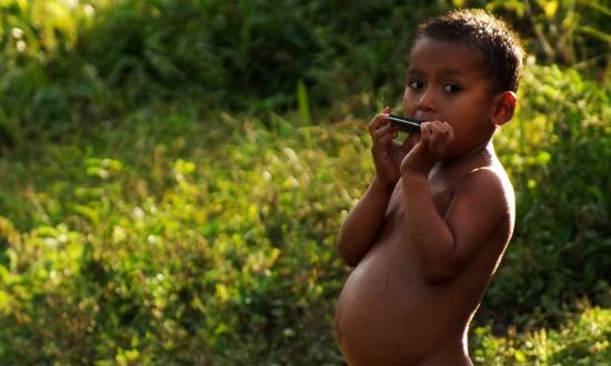 Az egyoldalú táplálkozás nyomai meglátszanak a pocakon