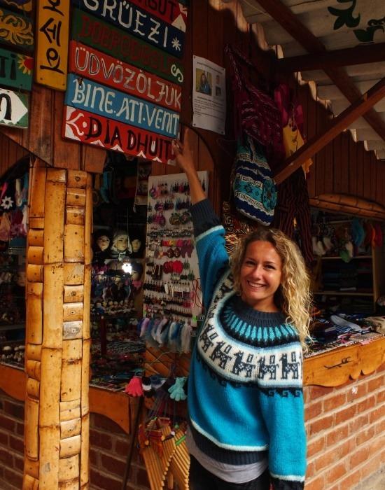 A Pailón del Diablo annyira turistás, hogy magyarul köszöntenek a bejáratnál