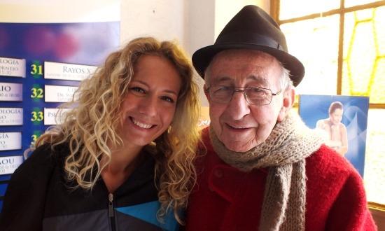 Eri és Padre Gigi azonnal barátok lettek