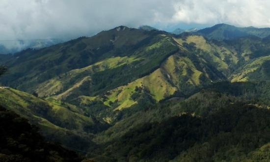 A táj Pasto és Popayán között