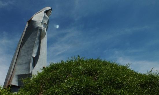 Venezuela legmagasabb szobra a Virgen de la Paz