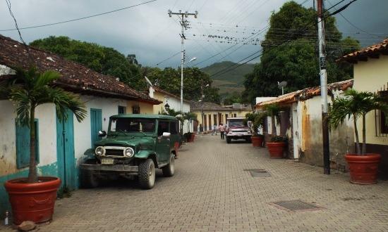 Sanaréi utcakép