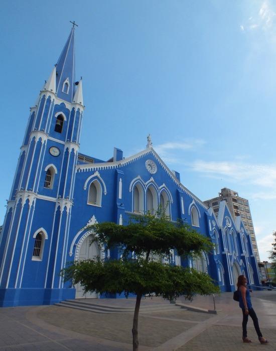 Maracaibo egyik pofás temploma, a Santa Barbara