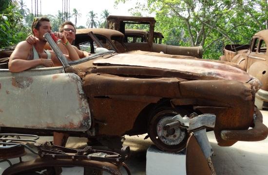 Pablo Escobar egykori autógyűjteménye ma roncstelep