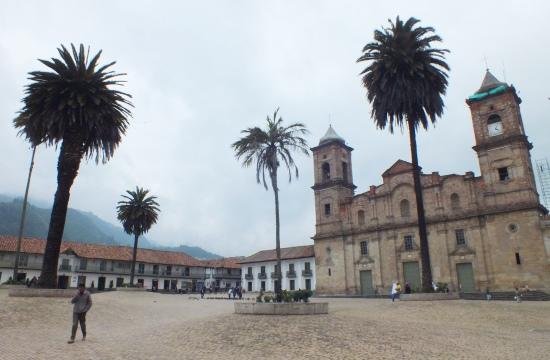 Zipaquirá főtere és a katedrális