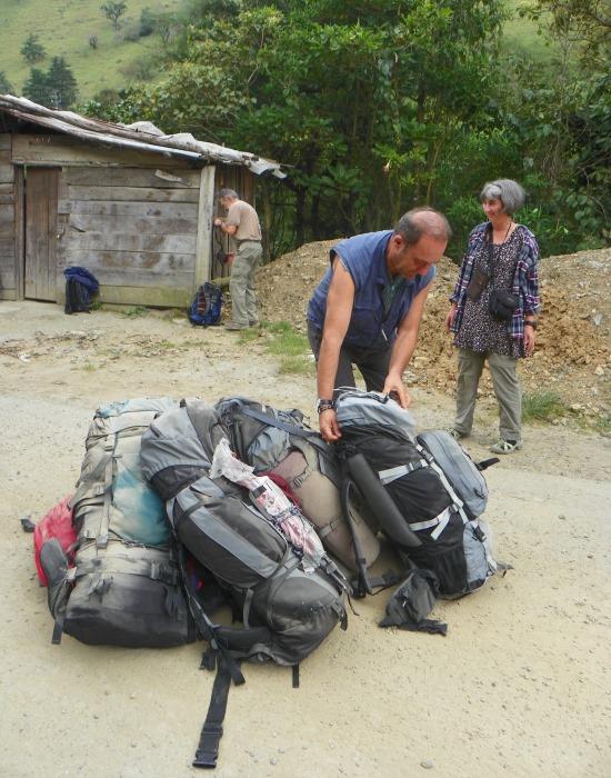 Coconucóba érve nem tiszták a zsákjaink