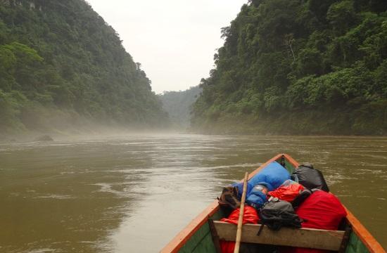 Csónakkal a Rio Santiagón