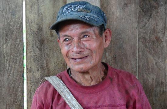 José szerint a bélák nem a tudás őrzői, hanem egy barlangban élő kőgyermek