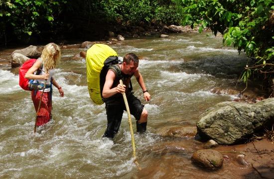Elég simán jutunk át a folyókon