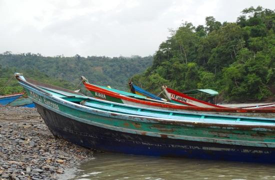 Várják a csónakok az indulást