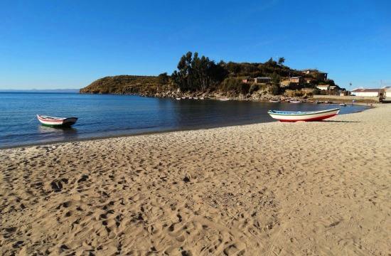 Challapampa homokos öble akár a Karib-tengernél is lehetne