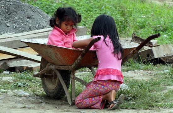 Gyerekek Taipiplayában