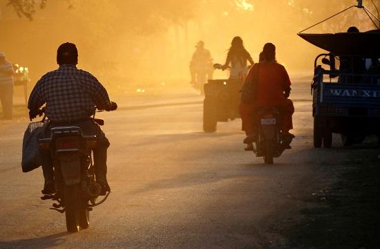 Trinidadi utcakép naplementekor