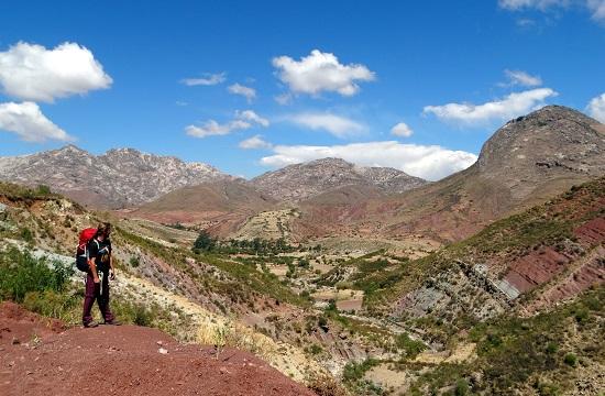 Kilátás a völgyre nem messze Quila Quilától