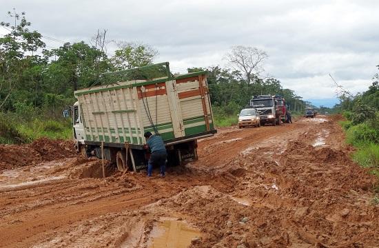 A közlekedés és az utak minősége Bolíviában katasztrofális
