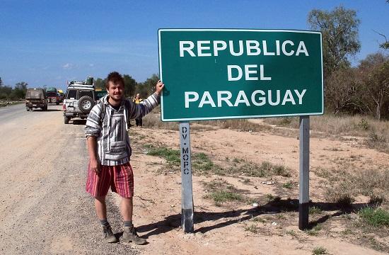 Rövid hajjal a paraguayi határon
