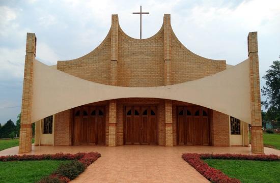 Villa Ygatimi temploma arról árulkodik, hogy a falu nem régi alapítású