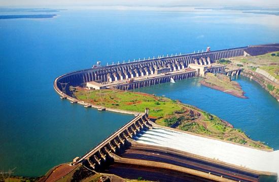 Az Itaipú vízerőmű légi felvétele