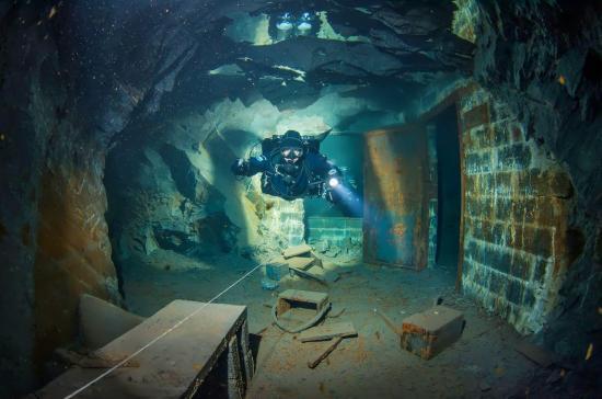 barlang bánya