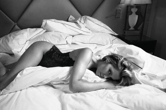 book Szexpázsit blog szex Káté Amanda meztelen időutazás orgazmus gyönyör