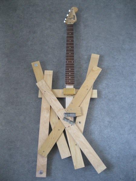 deszkagitar.jpg