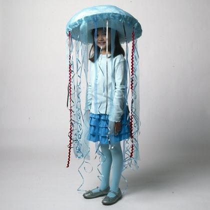 jellyfish-costume-halloween-craft-photo-420-FF1009HALLA12.jpg