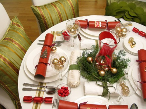 christmas-table-decorations.jpg
