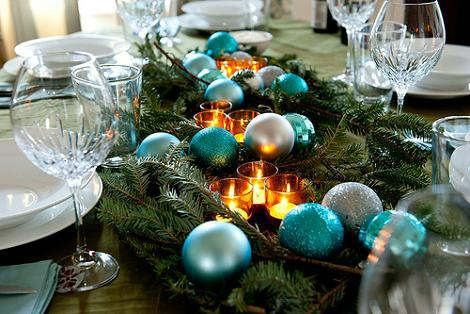 christmas-holiday-table-decorations-36.jpg