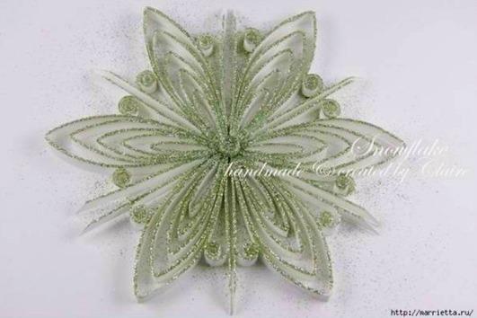 DIY-Quilling-Snowflake-1.jpg