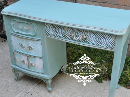 french-desk-chalk-paint-redo-by-vintage-charm-restored-1-1024x767.jpg
