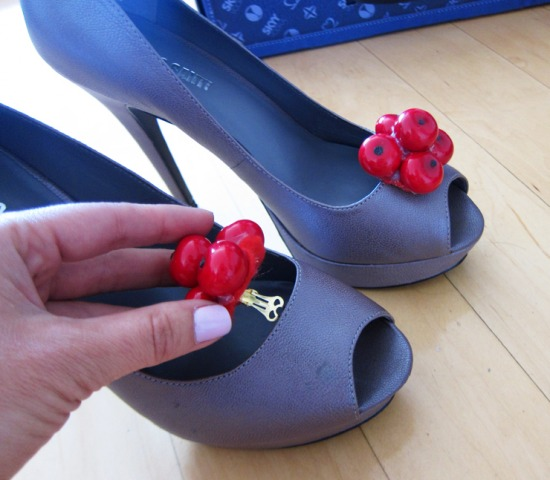 DIY-Cherry-Shoe-Clips-5.jpg