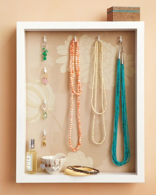 shadowbox-neckless-0511mld107066_hd.jpg