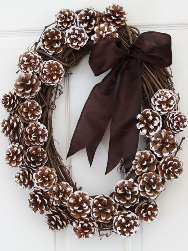 ring-in-the-season-natural-wonder-wreath-pine-cones-lgn.jpg