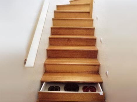 stairs-with-drawers.jpg