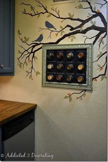 framed-magnetic-spice-rack-13_thumb[2].jpg